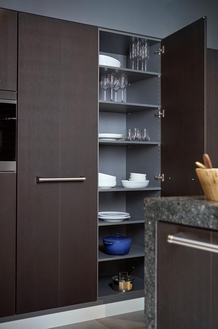 hoge keukenkast