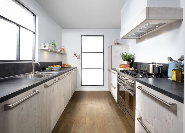 Landelijke Keukens Showroom : Landelijke keukens bieden een warme sfeer tulp keukens