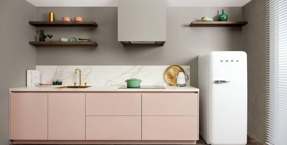 roze marmer keuken