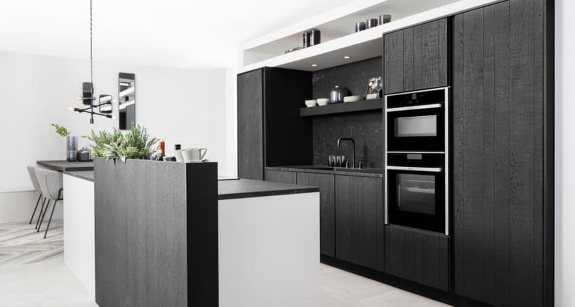 Keuken met keramieken blad