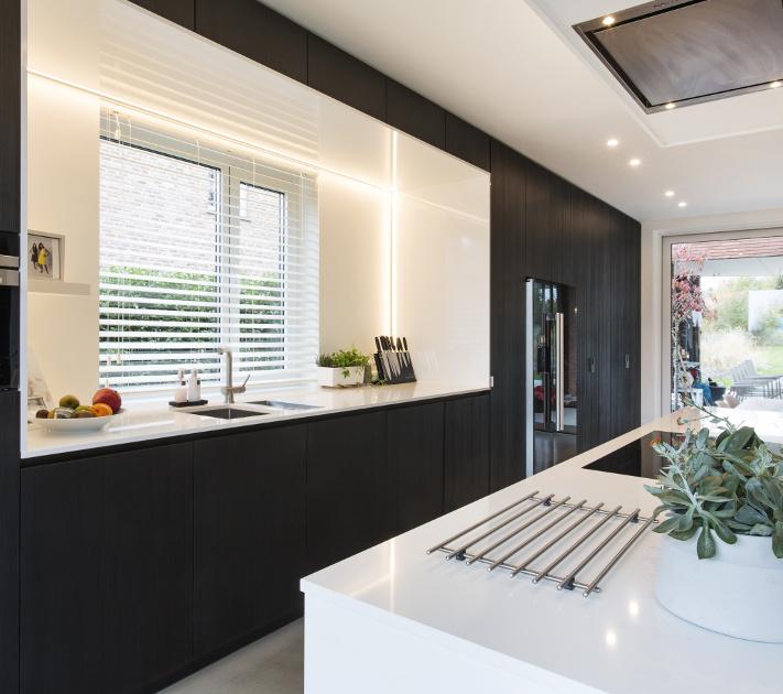 Keuken met composieten aanrechtblad